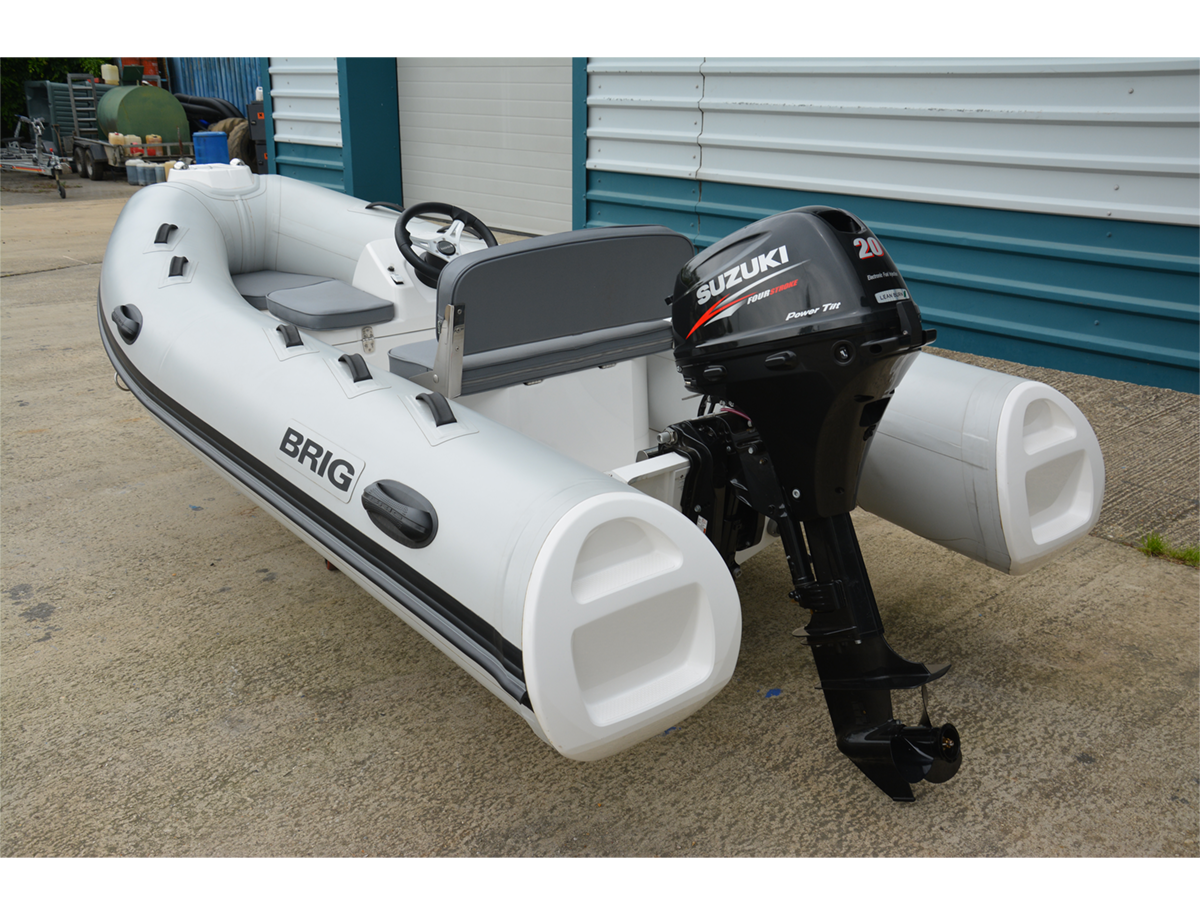 BRIG Falcon Tender 360HL - Arctic Grey - Rear Angle